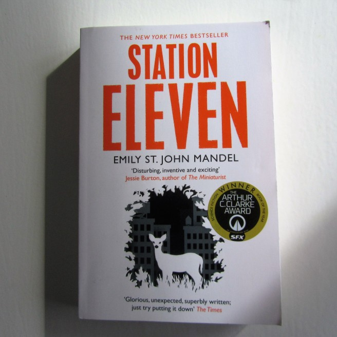 Station Eleven. Emily St. John Mandel. Survival. Book review.