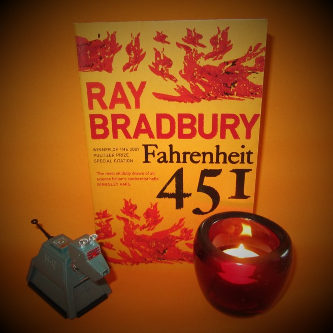 Ray Bradbury. Fahrenheit 451. book review.
