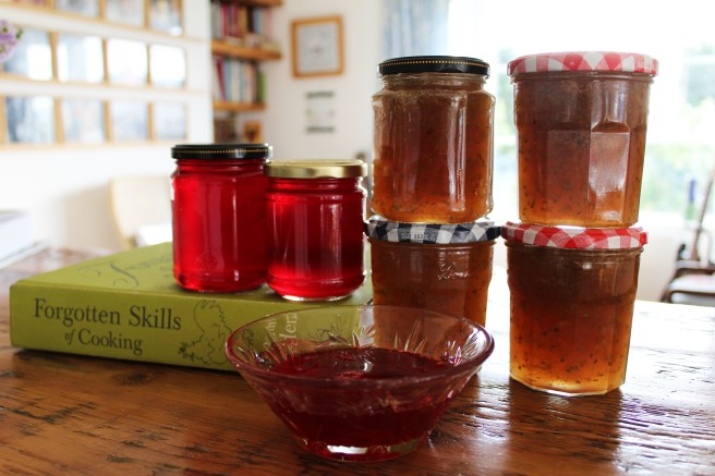 redcurrant jelly and gooseberry jam