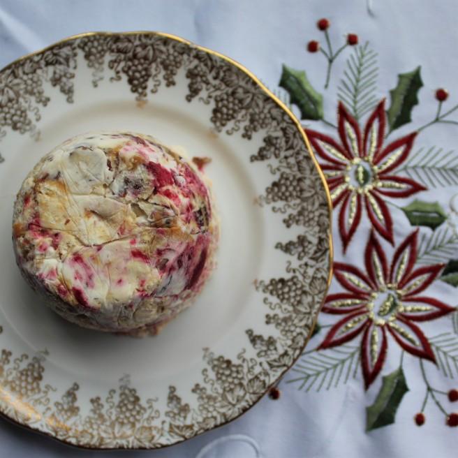 frozen meringue cake