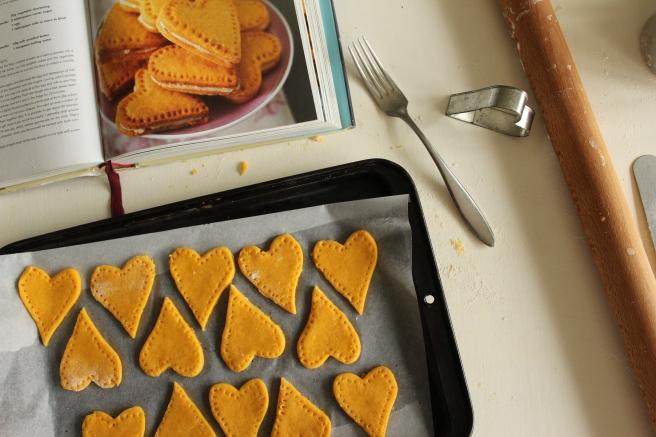 Nigella Lawson, custard cream hearts.